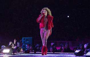 Celebra cântăreață Shania Twain a fost abuzată sexual în copilărie de tatăl ei