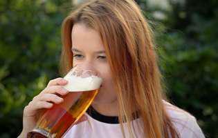 11 beneficii surprinzătoare pe care le are berea pentru femei
