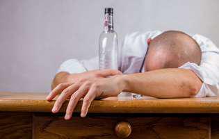 Părinții alcoolici. Ce impact au asupra copiilor lor