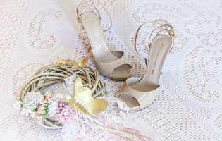 (P) Sandale nude, o încălțăminte versatilă pentru anotimpul călduros