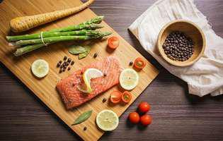Carnea de somon îți protejează inima și întărește imunitatea. Iată ce alte beneficii mai are