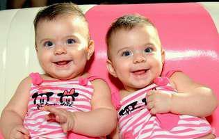 10 factori care îți influențează șansele de a naște gemeni