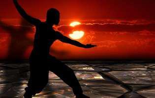 Beneficiile Tai Chi. 8 motive să practici și tu aceste mișcări