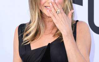 jenniferv Aniston vorbeste despre divort