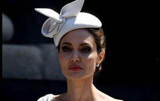 Angelina Jolie a ajuns piele și os. Și-a șocat fanii cu ultima apariție publică. Uite cât cântărește actrița acum