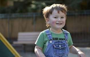 5 exerciții importante pentru copilul cu autism