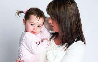 Copiii moștenesc inteligența de la mame, spun cercetătorii