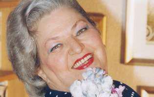 Draga Olteanu Matei implineste 85 de ani