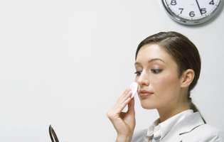 (P) Vrei sa stii cum sa te machiezi la job? Iata 5 sfaturi utile de la un make-up artist profesionist