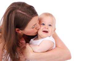 Cum prelungești perioada de alăptare a copilului