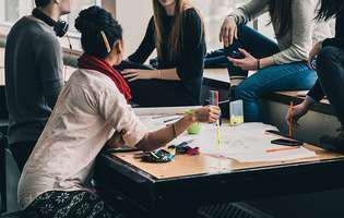 Care sunt beneficiile unui program de schimb de experiență pentru elevi