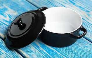 vasele din ceramică
