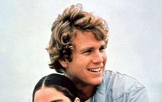 """Cum arată și ce mai fac actorii din """"Love Story"""", la 48 de ani de la lansarea filmului! Îi mai recunoști?"""
