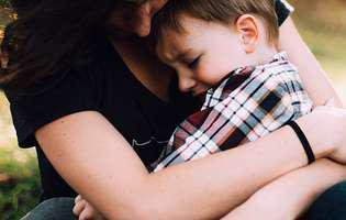 Cum calmezi un copil speriat. La ce metode apelezi