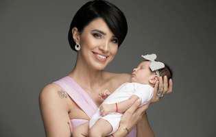 Fiica Adelinei Pestrițu a împlinit 4 luni, iar imaginea cu micuța Zenaida a cucerit internetul. E adorabilă. Detaliul observat de fani