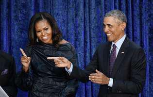 Barack Obama a facut pe mos Craciun