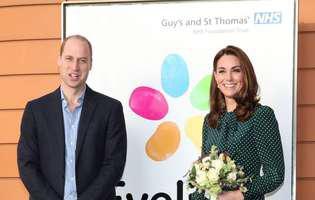 printul William, Kate George, Charlotte si Louis s-au fosografiat pentru felicitarea de Craciun