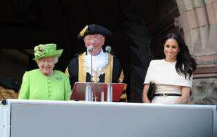 regina si Meghan Markle