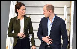 """Prințul William a glumit pe seama ținutei lui Kate, în public. """"Te-ai îmbrăcat ca un pom de Crăciun"""""""