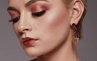 (P) Top 5 fonduri de ten recomandate de make-up artişti