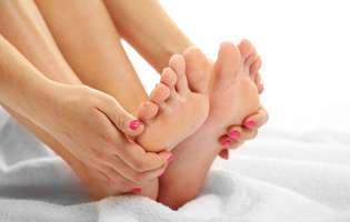 De ce apar și cum pot fi vindecate unghiile încarnate. Tratament acasă