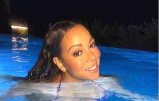 Mariah Carey in costum de baie