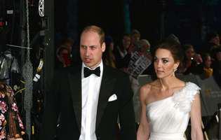 Kate Middleton și prințul William au avut parte de o intrare ciudata la premiile BAFTA. Ce i-a șoptit la ureche ducesa soțului ei