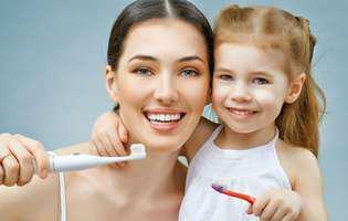 Cum dezinfectezi corect periuța de dinți și de câte ori o schimbi!