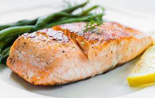 Dieta pentru tratarea Candidei albicans: Mănâncă pește la prânz