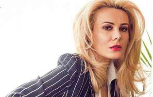 Cum arată Dana Săvuică la 49 de ani. Iată um s-a pozat pe plajă în Egipt