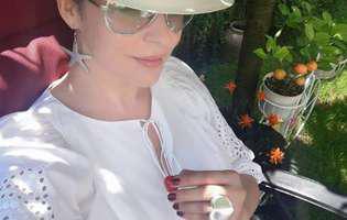 Andreea Marin decolteu