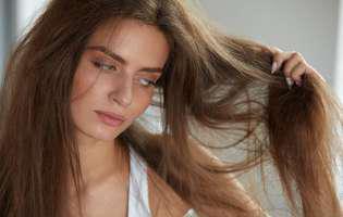 Tratament natural pentru păr uscat
