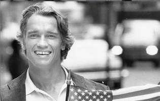 Arnold Schwarzenegger isi exersa accentul cinci ore pe zi