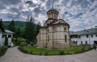 Mănăstirea Cozia din România