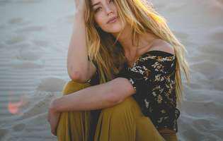 Cântăreața Kylie Rae Harris a murit într-un accident grav de mașină. Destinul ei a fost frânt la doar 30 de ani