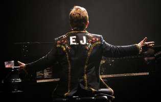 Elton John probleme de sanatate