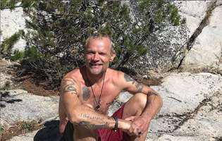 Flea, de la Red Hot Chili Peppers, s-a casatorit