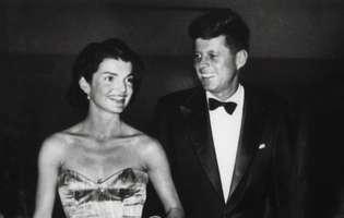 cand Jackie Kennedy nastea, JF Kennedy era cu amanta