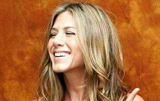 cum a slabit Jennifer Aniston