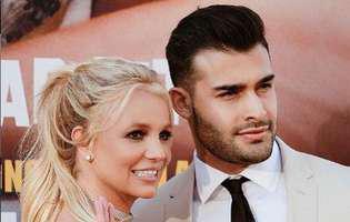 Britney Spears a implinit 38 de ani