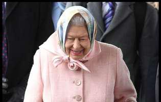 regina Elisabeta a pregatit budinca de Craciun impreuna cu printul George