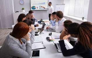 (P) Cum te poate ajuta o agenda pentru organizarea intalnirilor si sedintelor?
