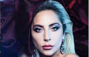 Lady Gaga a oficializat relatia cu noul ei iubit