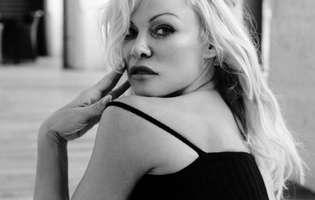 Pamela Anderson, despre divortul de Jon Peters