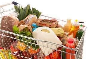 Cum să faci cumpărături în siguranță! Coronavirusul poate rezista pe fructe sau pe alimentele ambalate de la câteva ore la 2-3 zile!