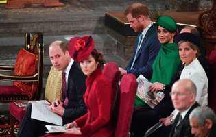 """Kate Middleton și prințul William, aspru criticați de fani: """"Arată dureros. Nu aşa îţi întâmpini fratele când îl vezi pentru prima dată…"""""""