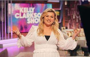 Kelly Clarkson divorteaza
