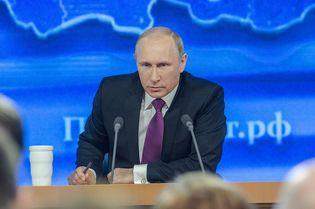 Ce salariu are Vladimir Putin, ca președinte al Rusiei. Liderul de la Kremlin, probabil cel mai bogat om de pe Planetă, câștigă de două ori mai mult decât Klaus Iohannis!