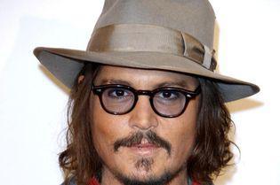 Johnny Depp a recunoscut că i-a dat fiicei sale marijuana pe când avea doar 13 ani! Motivația actorului este halucinantă