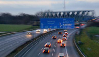 Germania și-ar putea lua adio de la autostrăzile fără limită de viteză